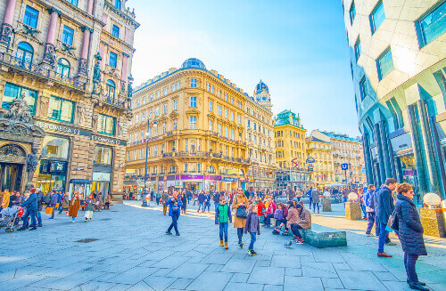 The small Stock in Eisen Platz square is always crowded due to its location between Stephansplatz and Graben in Vienna Austria