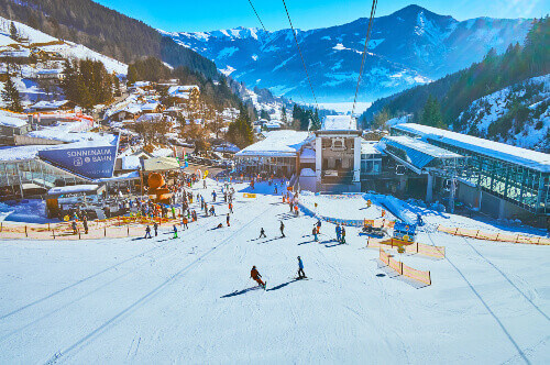 Shcmitten mount pistes zeller see and Alps in Zell Am See Austria