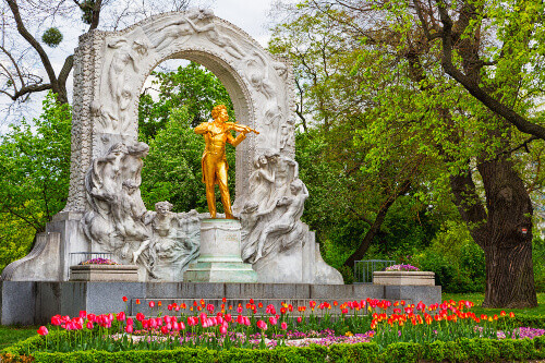 Statue of Johann Strauss, famous composer and violinist in Vienna, Austria