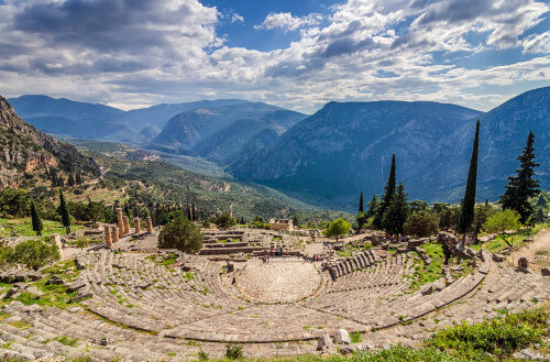 theatre of delphi greece