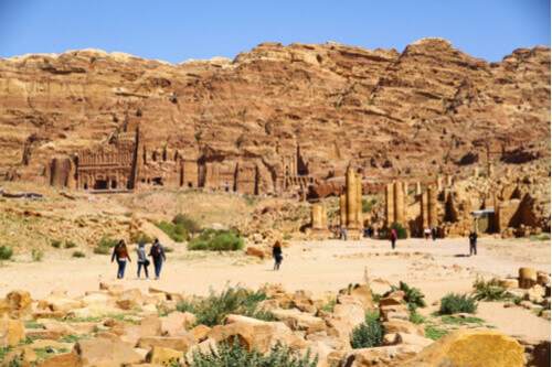 royal tombs with people petra jordan